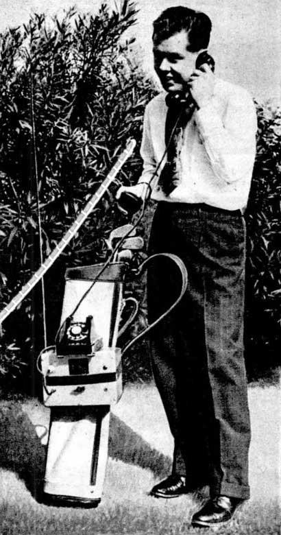 К.М. Брейнард и его радиотелефон за 27 лет до Купера (Popular Mechanics, июнь 1946 года, с. 109.)