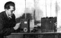 """Первый мобильник Куприяновича. (""""Наука и жизнь, 8, 1957 г.""""). Справа - базовая станция."""