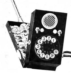 """Аппарат 1958 года уже был больше похож на мобильники (""""Техника-молодежи"""", 2, 1959)"""