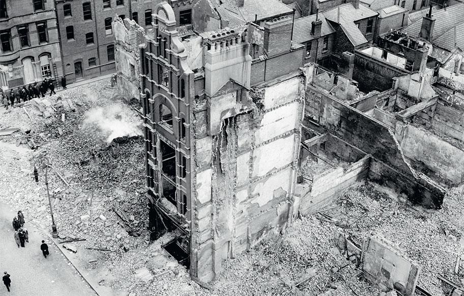 Руины столицы Ирландии Дублина после разгрома англичанами «Пасхального восстания» в 1916 году