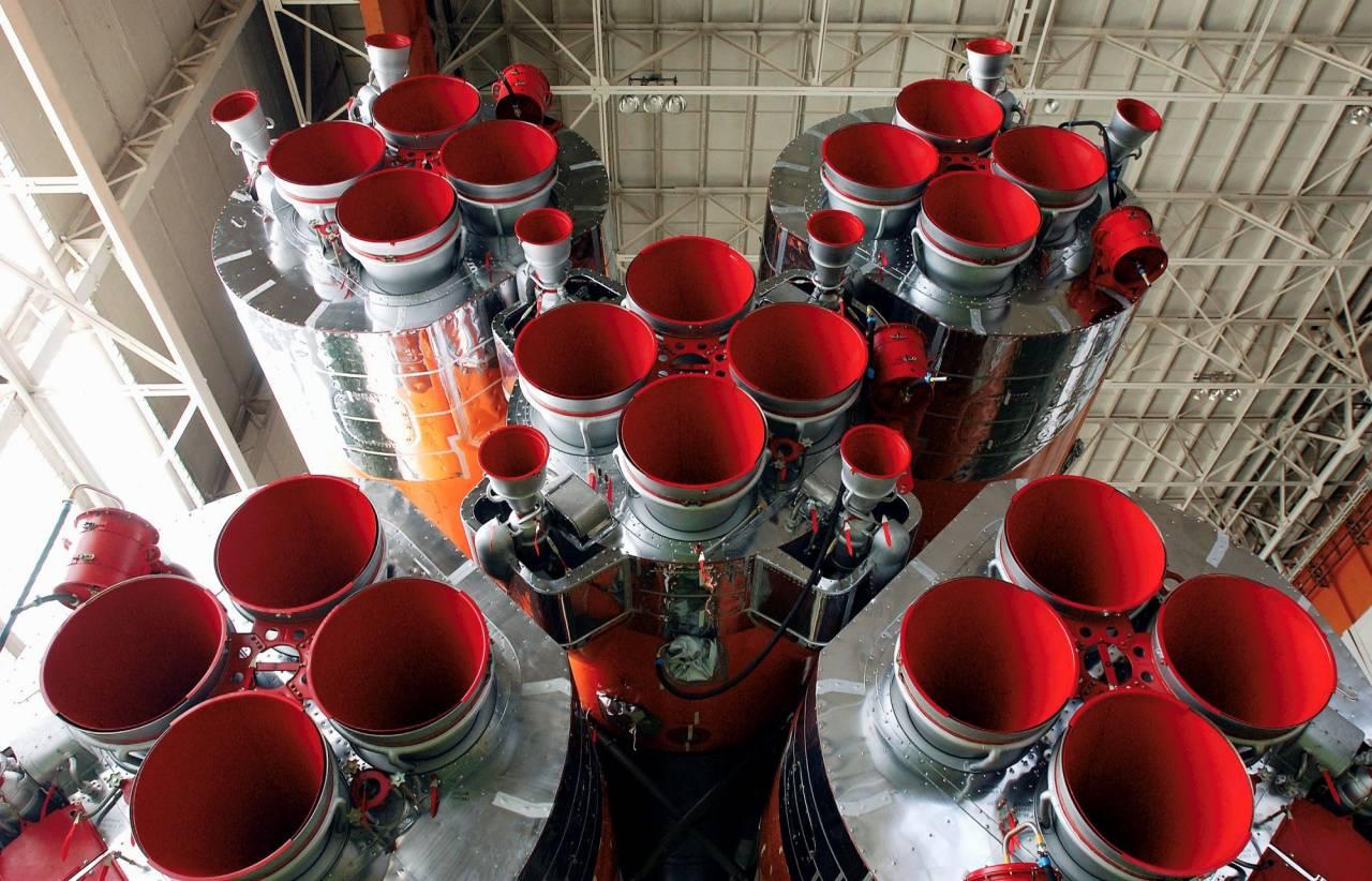1393295933_soyuz_rocket_engines (2)