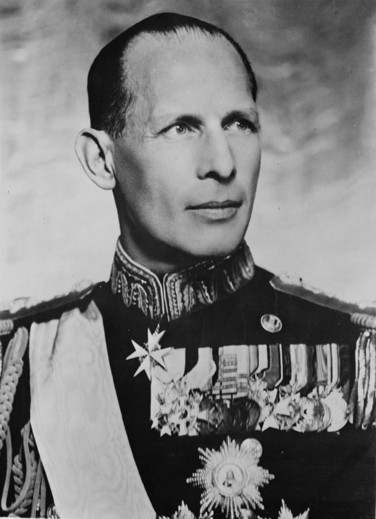 Король Георг II (1922–1924, 1935–1947).