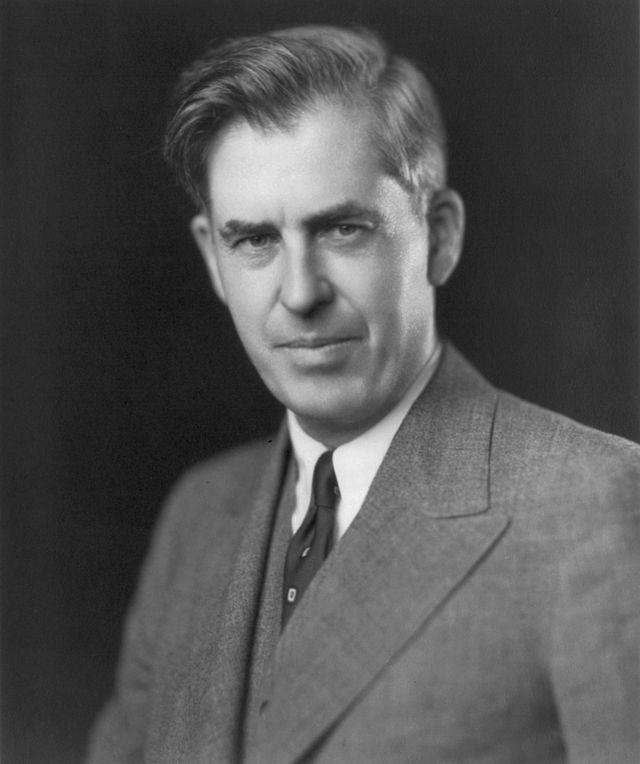 Генри Эгард Уоллес (1888–1965) – политический деятель США.