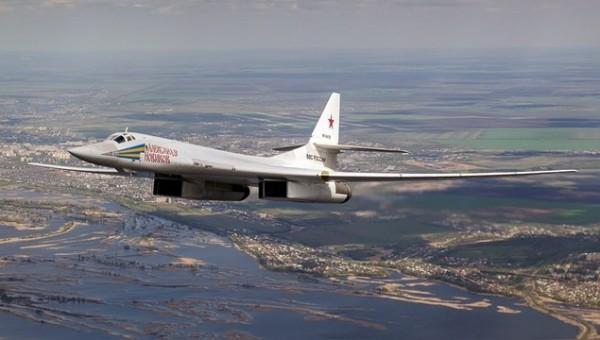 227657_1_Tupolev_Tu-160_RF-94109_big