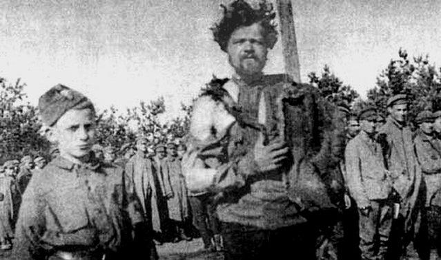 Tuchola_1919_russian_pow